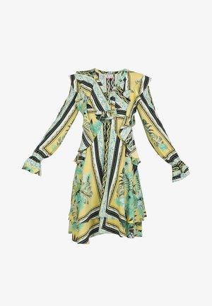 IZIA KLEID - Day dress - tropical print
