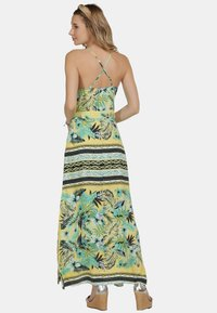 IZIA - IZIA KLEID - Maxi šaty - tropical - 2