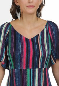 IZIA - Day dress - multicolor gestreift - 3