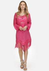 IZIA - IZIA TUNIKAKLEID - Day dress - pink - 1