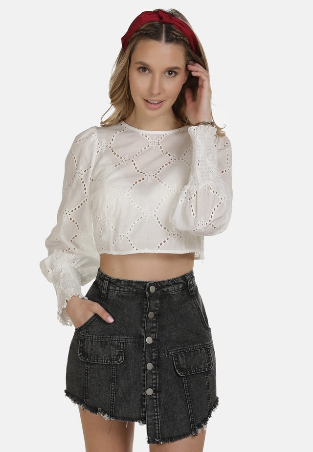 IZIA BLUSE - Blouse - wollweiss