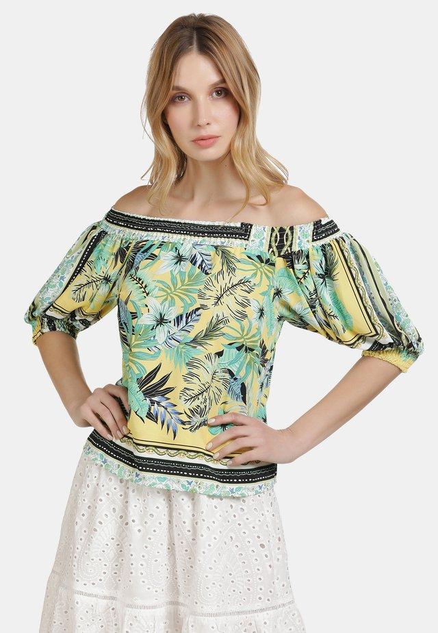 IZIA CARMENBLUSE - Blouse - tropical print