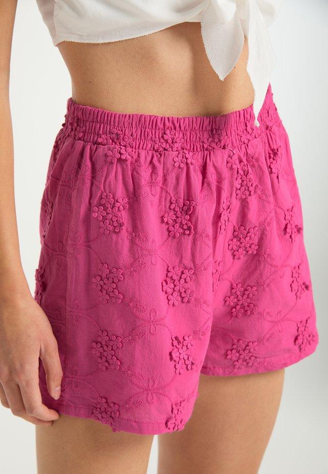 Short - pink