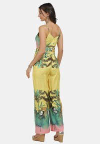 IZIA - Jumpsuit - tropical print - 2