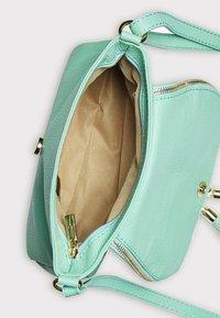 IZIA - Across body bag - mint - 4