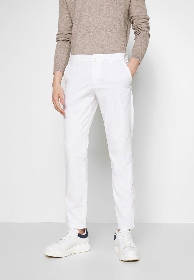 SALTWATER - Chinos - bright white