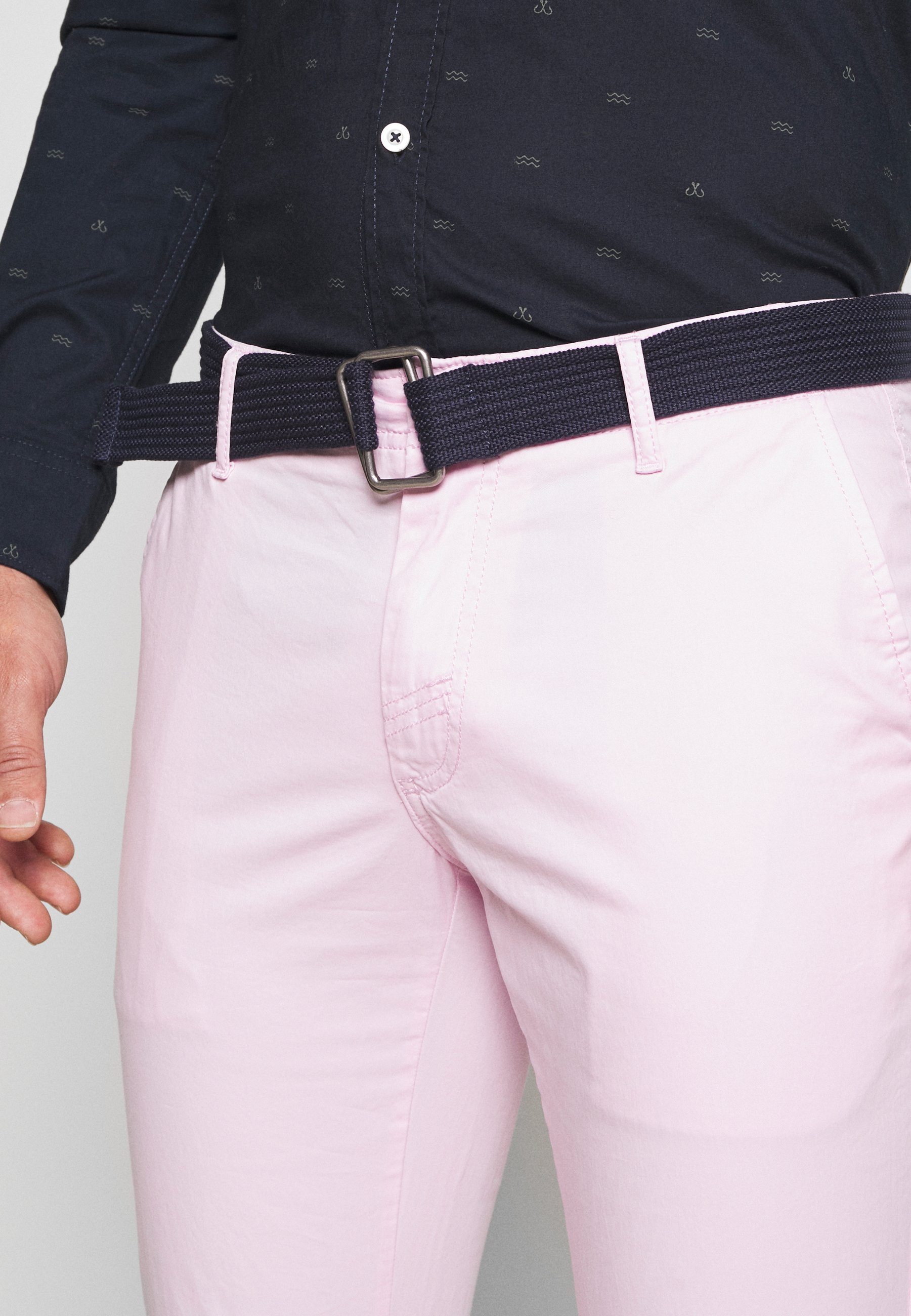 Izod Belted Light Weight - Chinos Pink Lady