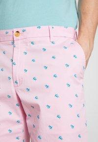IZOD - SEATURTLE - Shorts - pink lady - 4