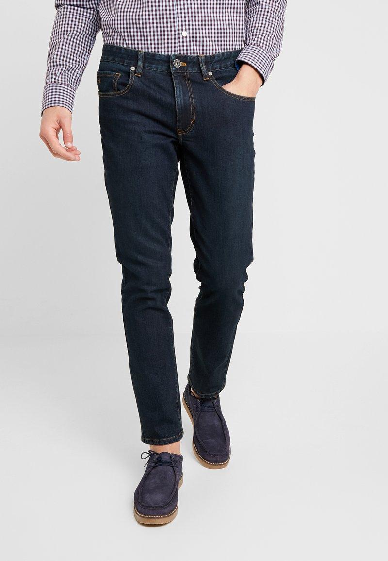 IZOD - Jeans Slim Fit - peacoat blue