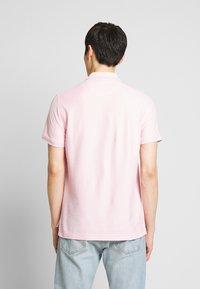 IZOD - PERFORMANCE - Poloskjorter - pink lady - 2