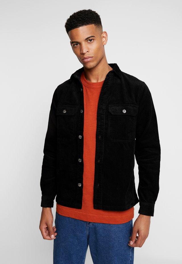 HAGDI CORDEROY - Shirt - black