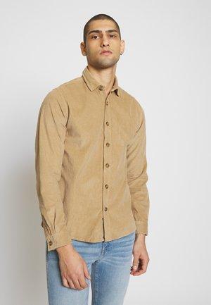 SKALBART - Camisa - sand