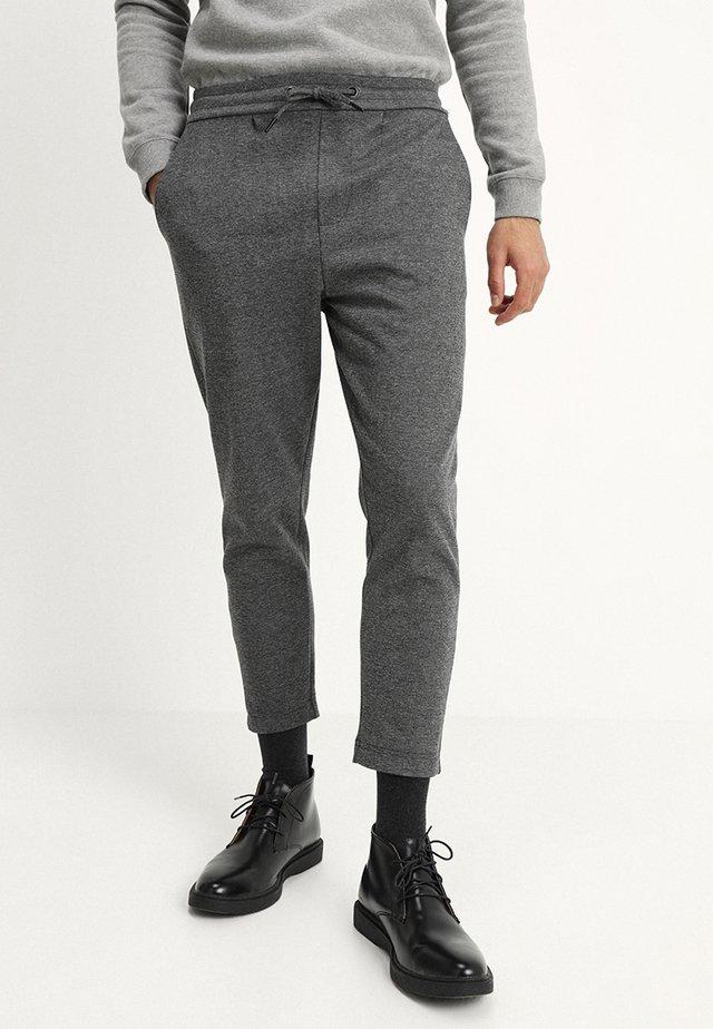 MAIN KELD - Kalhoty - mid grey mell
