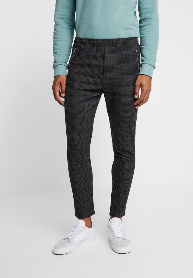 BENJAMIN - Kalhoty - black