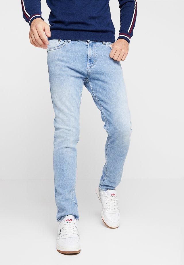 SICKO OF PLAIN - Slim fit jeans - light blue denim