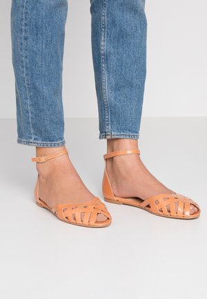DOO - Ankle strap ballet pumps - saumon