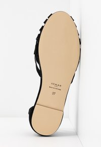Jonak - DOO - Ankle strap ballet pumps - noir - 6