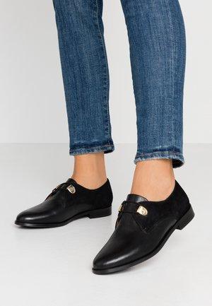 DIVYO - Šněrovací boty - noir