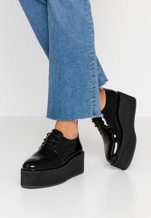 ALILOU - Šněrovací boty - noir