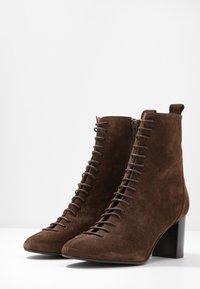 Jonak - DARROUSI - Lace-up ankle boots - cognac - 4