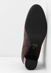 Jonak - DAMOCLE - Boots à talons - bordeaux - 6