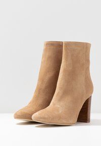 Jonak - VOLPONE - High heeled ankle boots - beige - 4