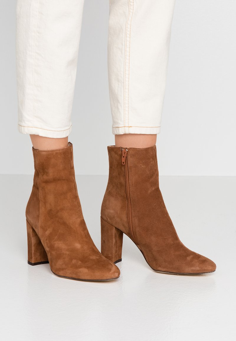 Jonak - VOLPONE - High heeled ankle boots - cognac