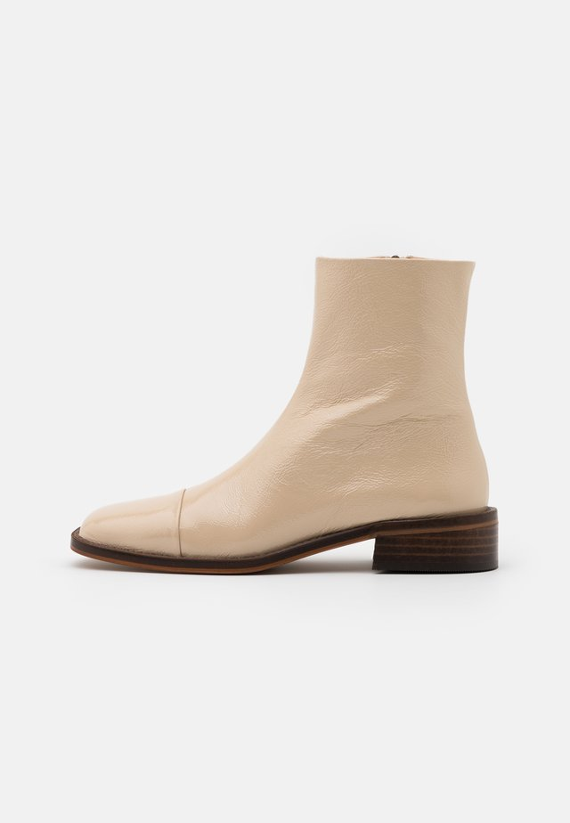 BENGAL - Classic ankle boots - ivoire