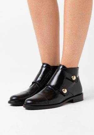 DRATO - Boots à talons - noir
