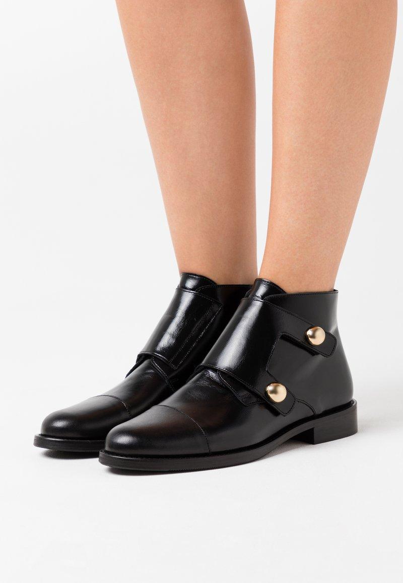 Jonak - DRATO - Boots à talons - noir