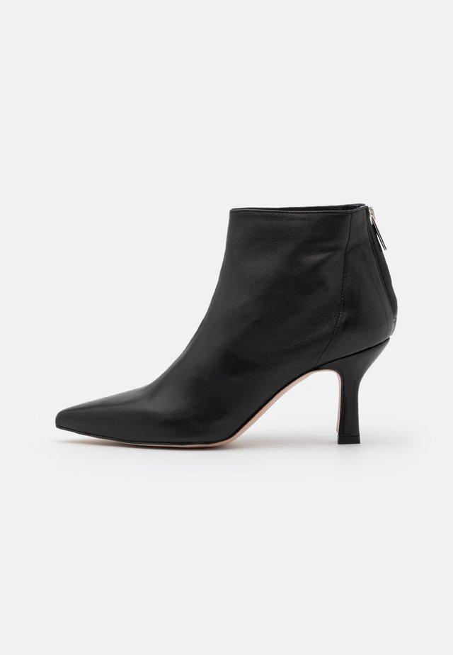 CUMBIA - Ankelboots - cuir/noir