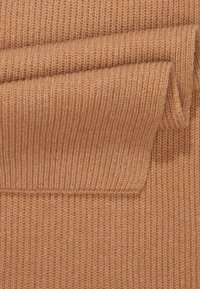 Johnstons of Elgin - RIBBED CASHMERE SCARF - Šála - camel - 3