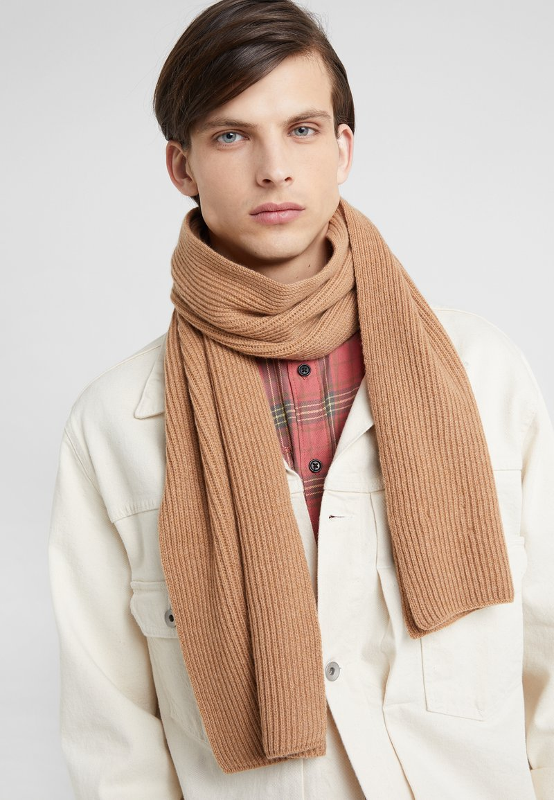 Johnstons of Elgin - RIBBED CASHMERE SCARF - Šála - camel