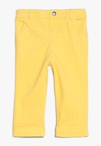 JoJo Maman Bébé - CROPPED TURN UPS - Kalhoty - sunshine - 0