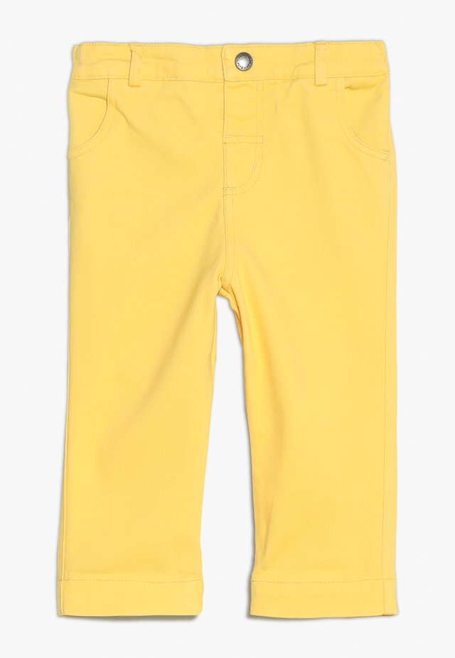 CROPPED TURN UPS - Pantalon classique - sunshine
