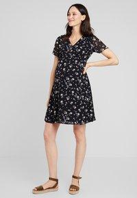 JoJo Maman Bébé - DITSY TEA DRESS - Sukienka letnia - black - 0