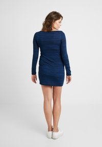 JoJo Maman Bébé - MARL NURSING DRESS - Strikket kjole - navy - 2