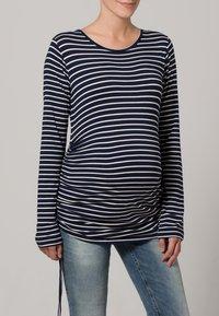 JoJo Maman Bébé - Langærmede T-shirts - navy/ecru stripes - 1