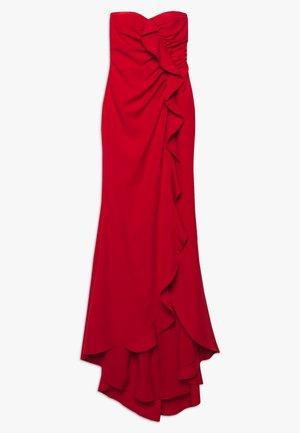 Společenské šaty - red
