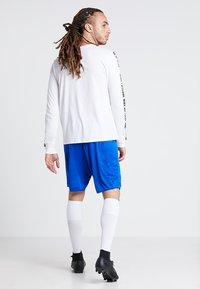 JAKO - MANCHESTER 2.0 - Pantalón corto de deporte - royal - 2