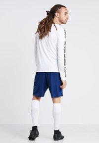 JAKO - MANCHESTER 2.0 - Pantalón corto de deporte - navy - 2