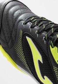 Joma - DRIBLING TURF - Chaussures de foot multicrampons - schwarz - 5