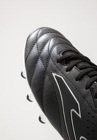 Joma - AGUILA - Voetbalschoenen met kunststof noppen - schwarz - 5