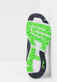 Joma - SPEED - Chaussures de running neutres - dark blue - 4