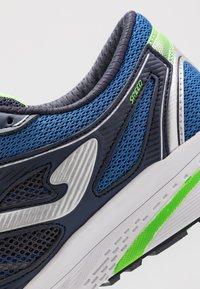 Joma - SPEED - Chaussures de running neutres - dark blue - 5