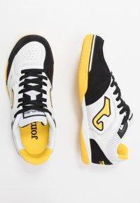 Joma - TOP FLEX - Halówki - white/yellow - 1