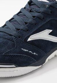 Joma - TOP FLEX REBOUND - Indendørs fodboldstøvler - blue - 6