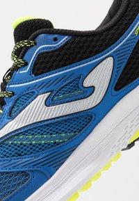 Joma - SPEED - Obuwie do biegania treningowe - blue - 5
