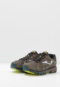 Joma - TREK - Trail hardloopschoenen - khaki - 2