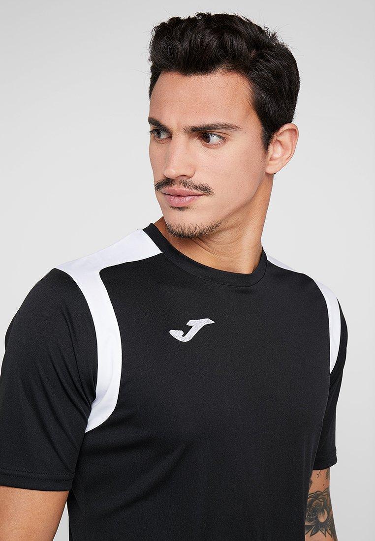 Joma CHAMPION - T-shirt z nadrukiem - black/white